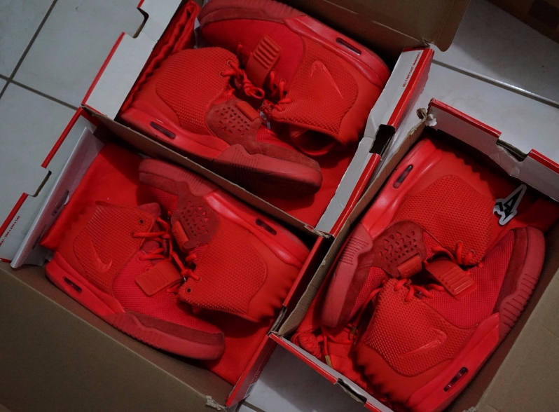 Red October Yeezy 2
