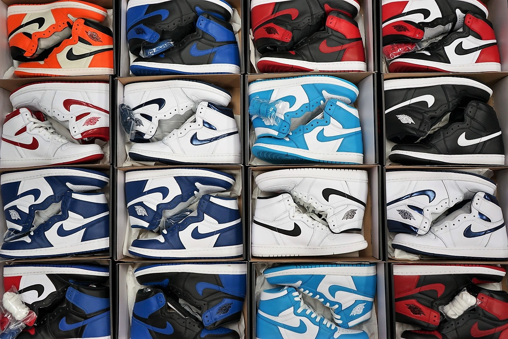 Nike Jordan 1's Are Officially The BEST