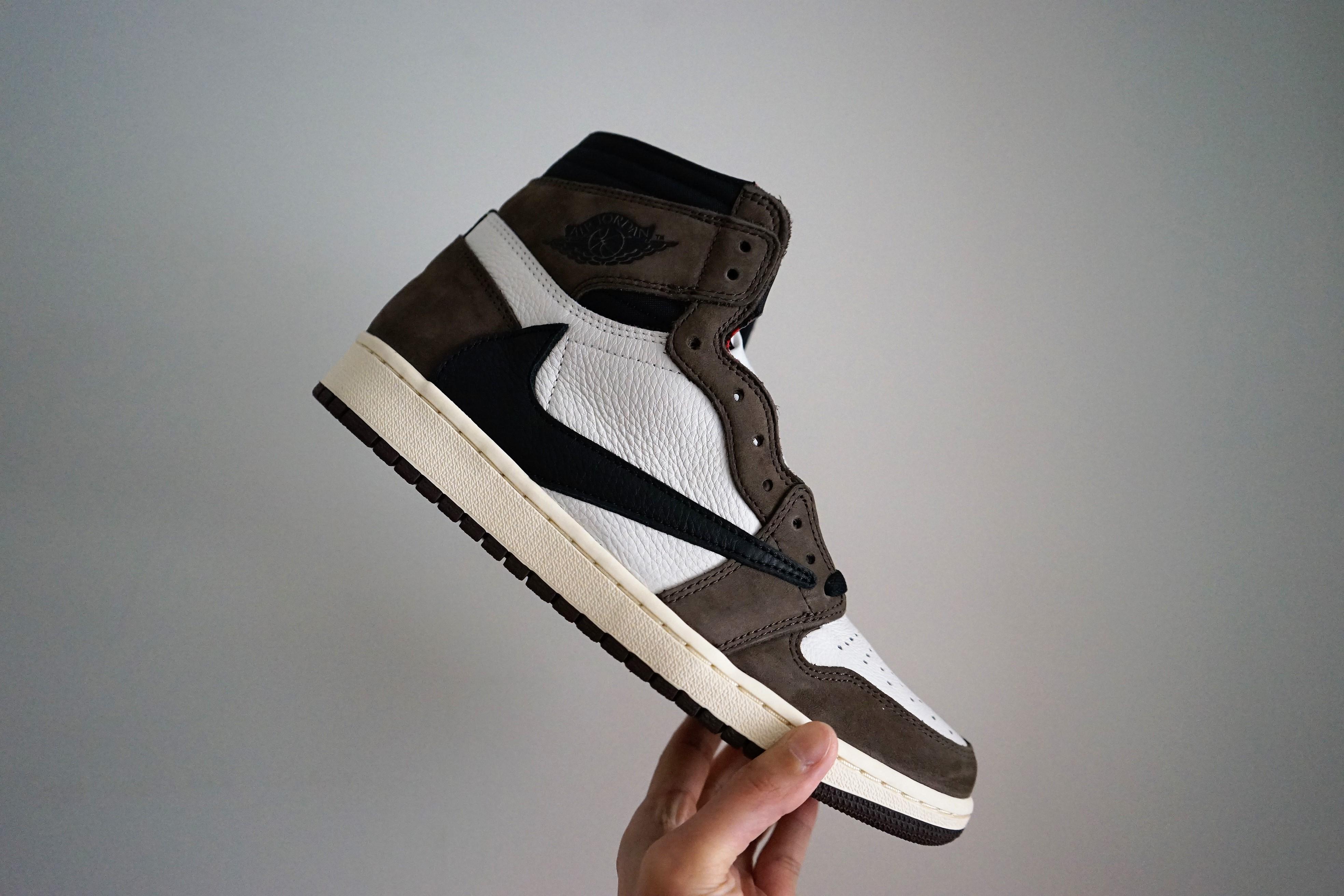 Nike Air Jordan 1 Travis Scott Cactus Jack